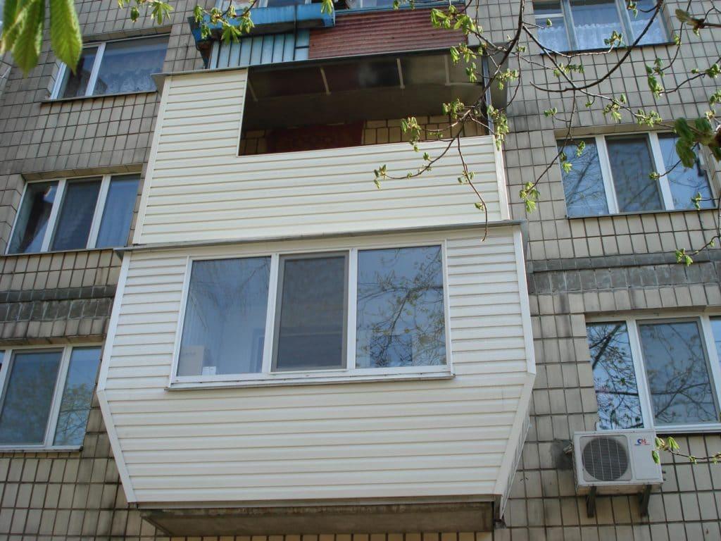 Как и чем лучше обшить балкон внутри своими руками - стройпо.