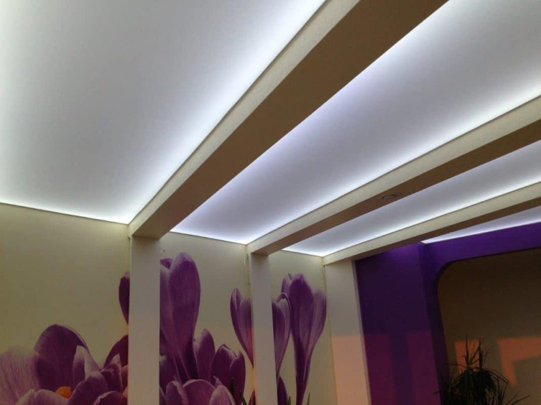 Гипсокартонный потолок с подсветкой Decor 4 House 31