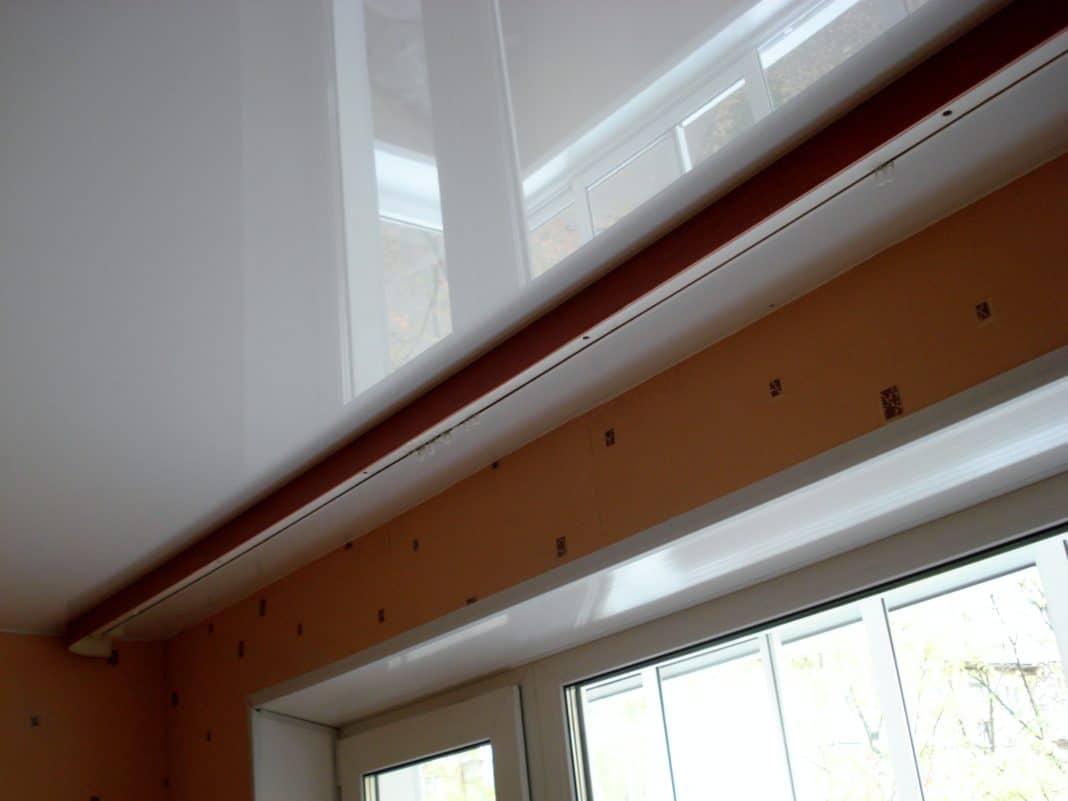 Как сделать потолочную гардину если потолок натяжной 965