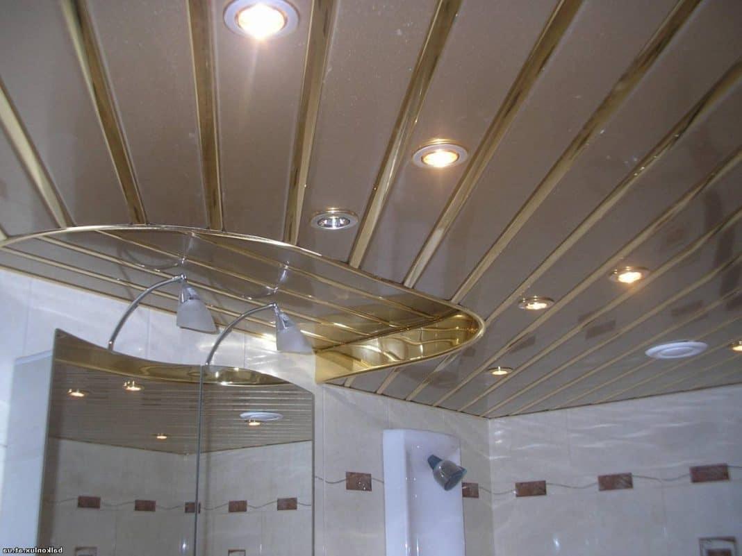 потолок из сайдинга фото