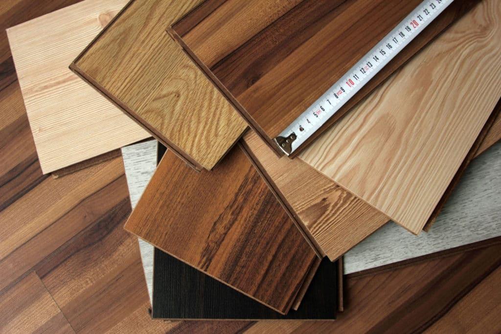 Ассортимент ламината для отделки потолка