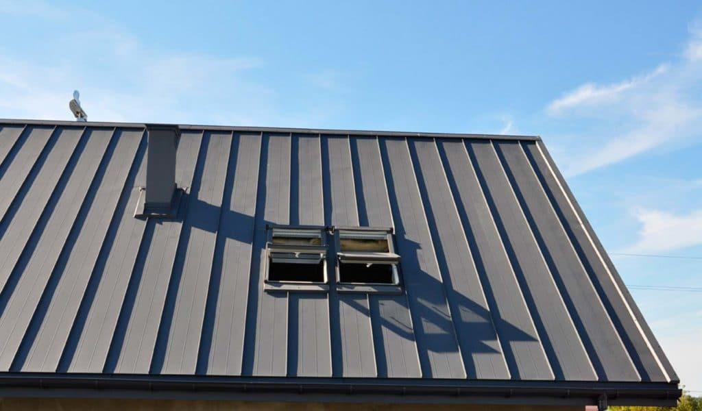 Фальцевое покрытие крыши