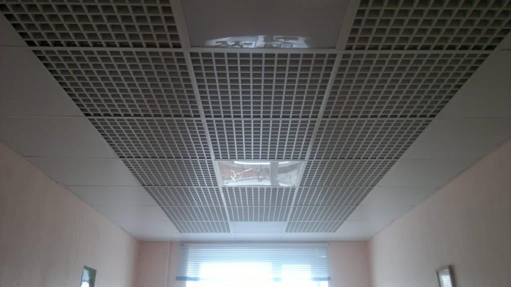 Металлический кассетный потолок