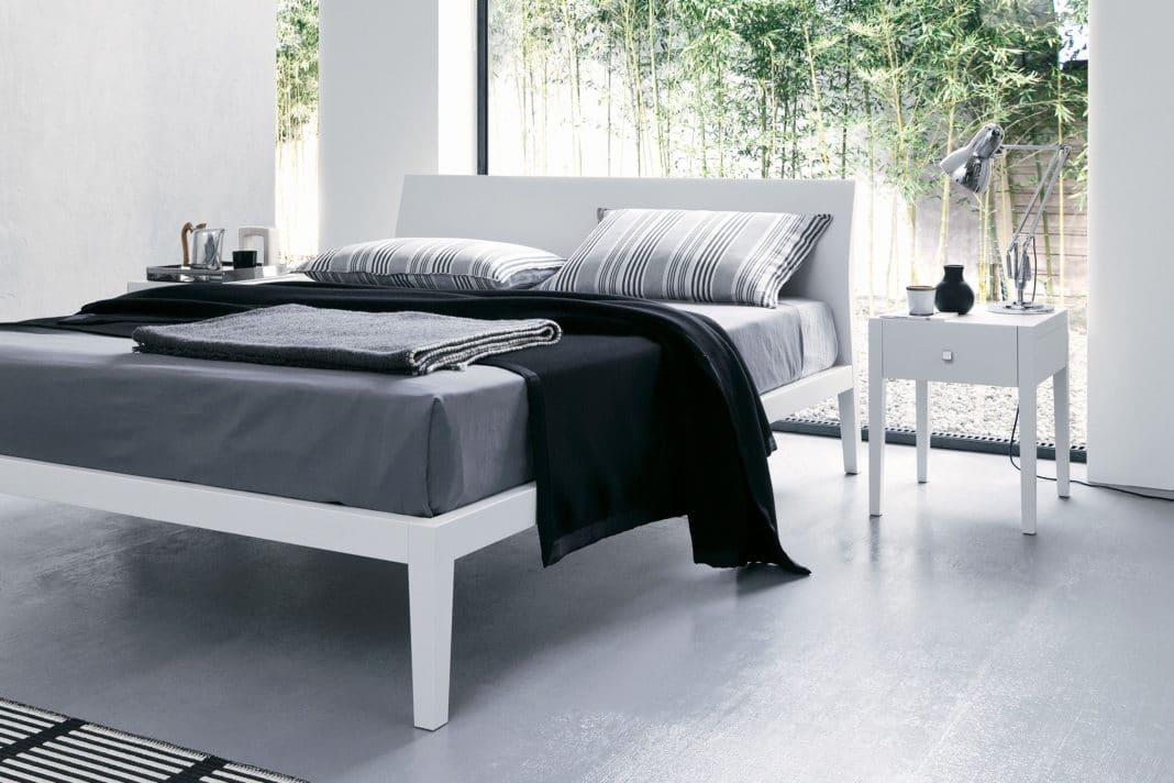 Скрипит кровать