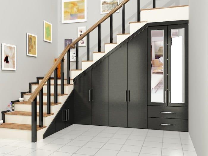 шкаф под лестницей в частном доме фото