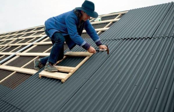 монтаж ондулина на крыше