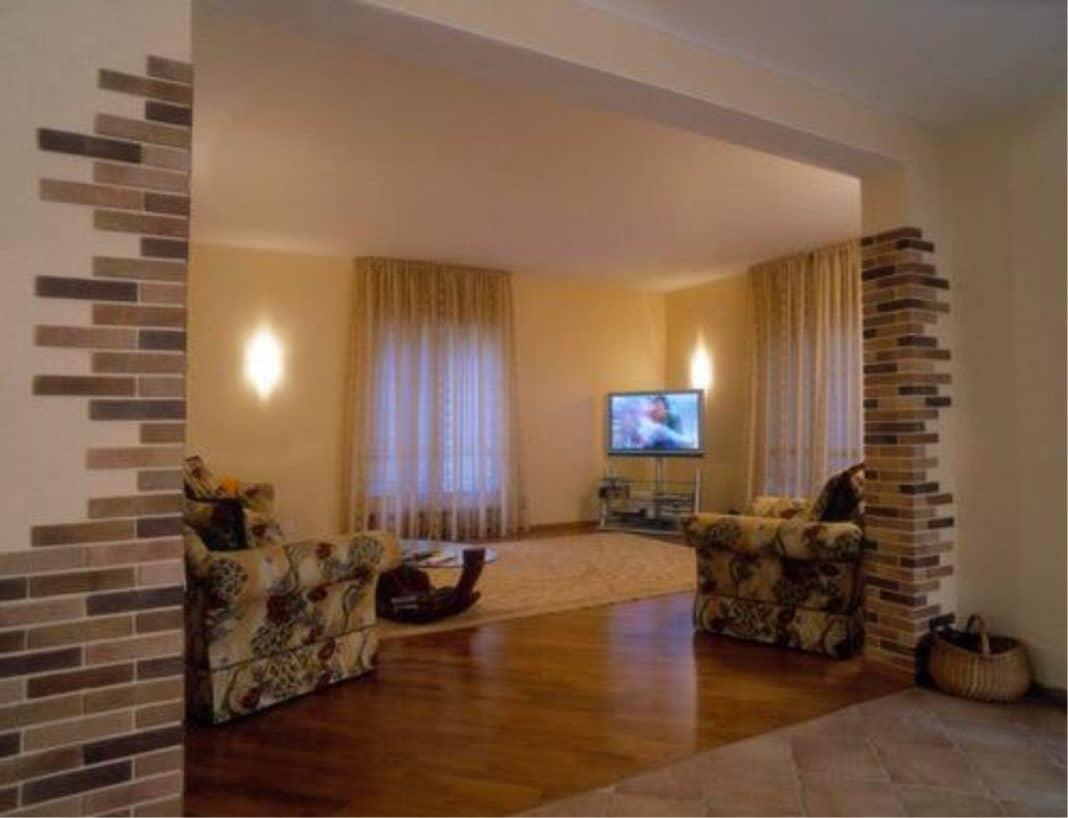 декоративная отделка углов стен в квартире фото