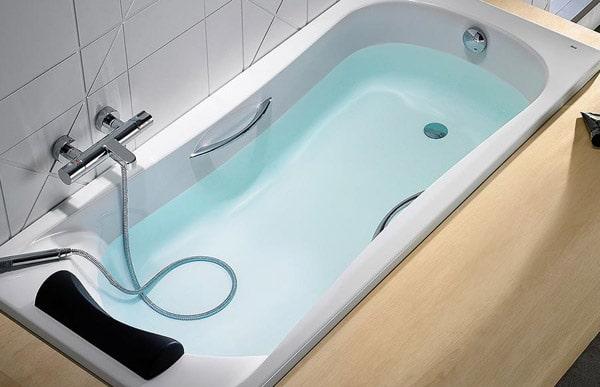 Ручки по бокам ванны