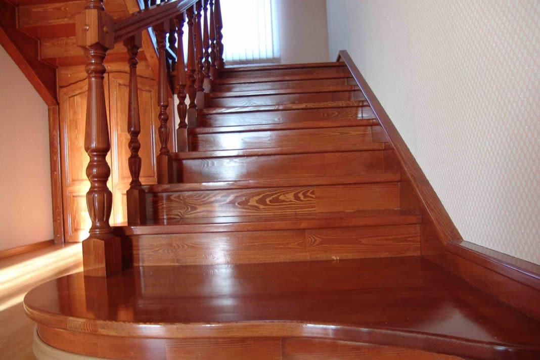 Как красить лестницу