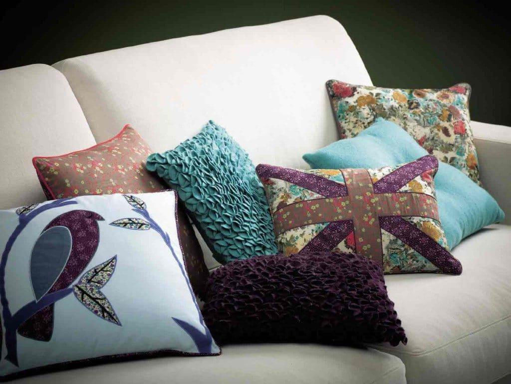 Как сделать диванную подушку с оригинальным принтом: легкий мастер-класс