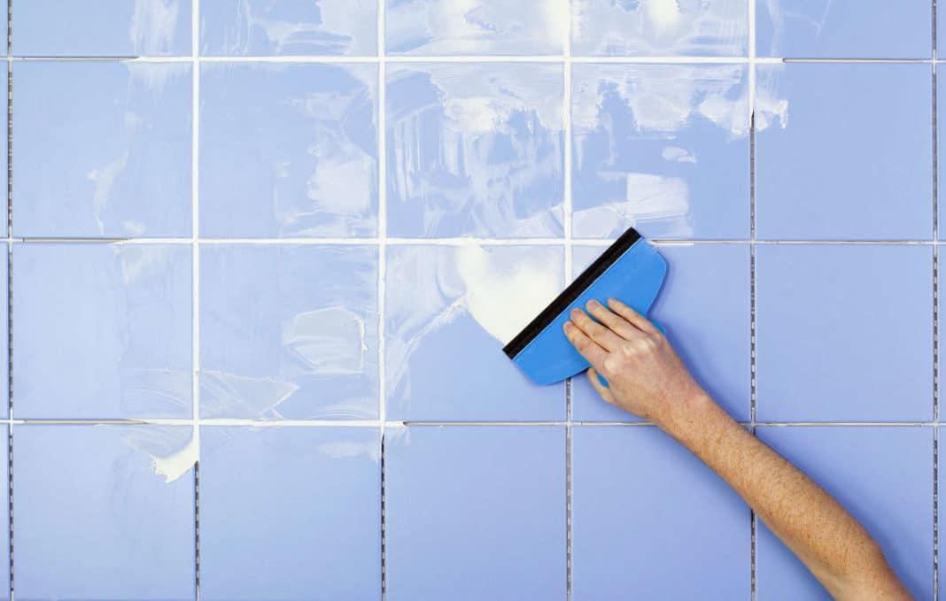 Обновление швов между плитками