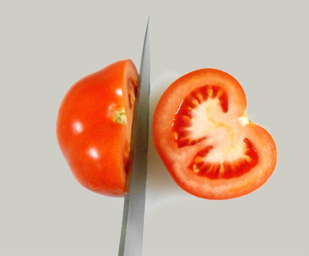 Белые прожилки в помидорах
