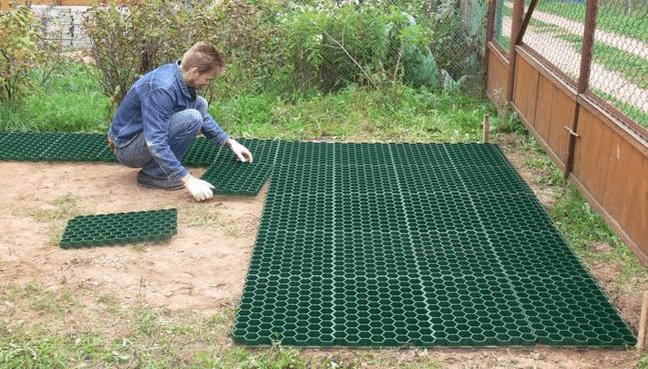 Применение пластиковой газонной решетки