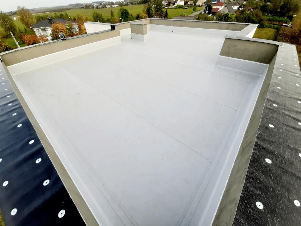 Плюсы и минусы плоской крыши